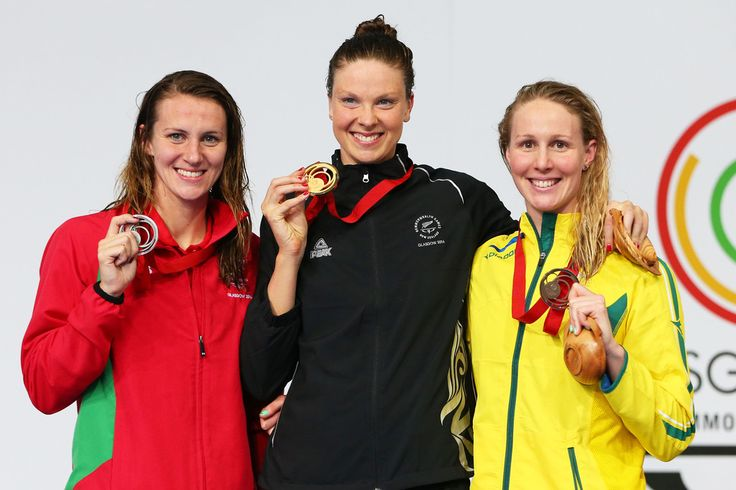 Gold medallist Lauren Boyle of New Zealand poses with silver medallist Jazz Carlin of Wales and bronze medallist Bronte Baratt of Australia
