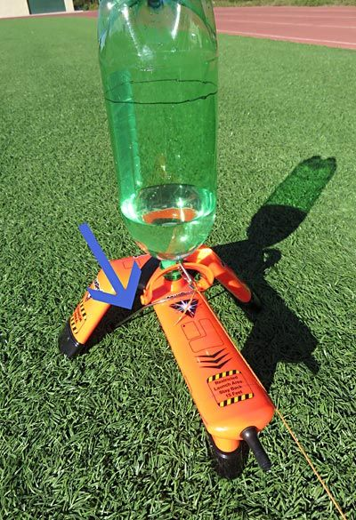 investigating a water rocket Day 80 - a different perspective - investigating water behaviour in flight  140  grams of extra ballast (old batteries)was used on the rocket to.