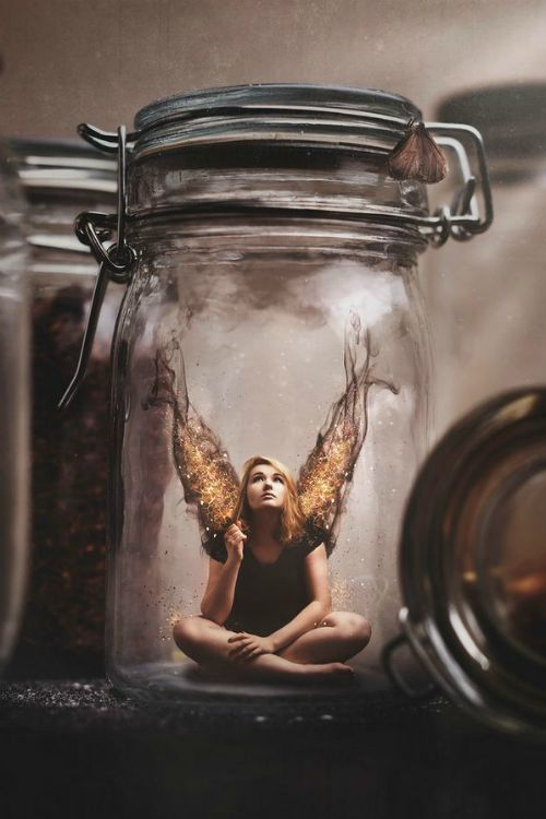 Eilene waited, and waited, and waited. But it seemed the foes who had put her in the jar would let her suffocate to death.