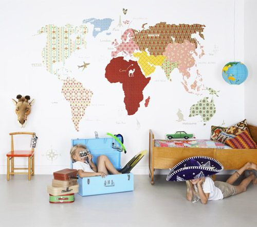 Wall mapamundi for children's room