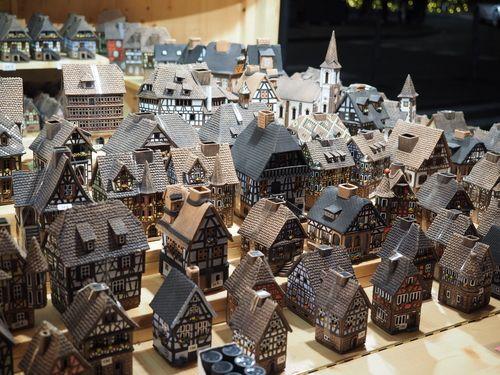 Christmas_Houses_Strasbourg.jpg