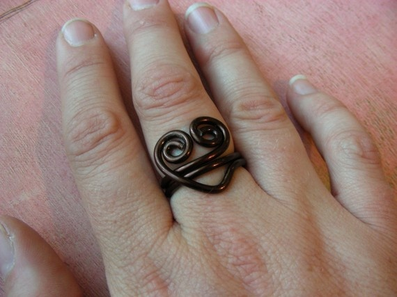 Swirly Heart Wire Ring