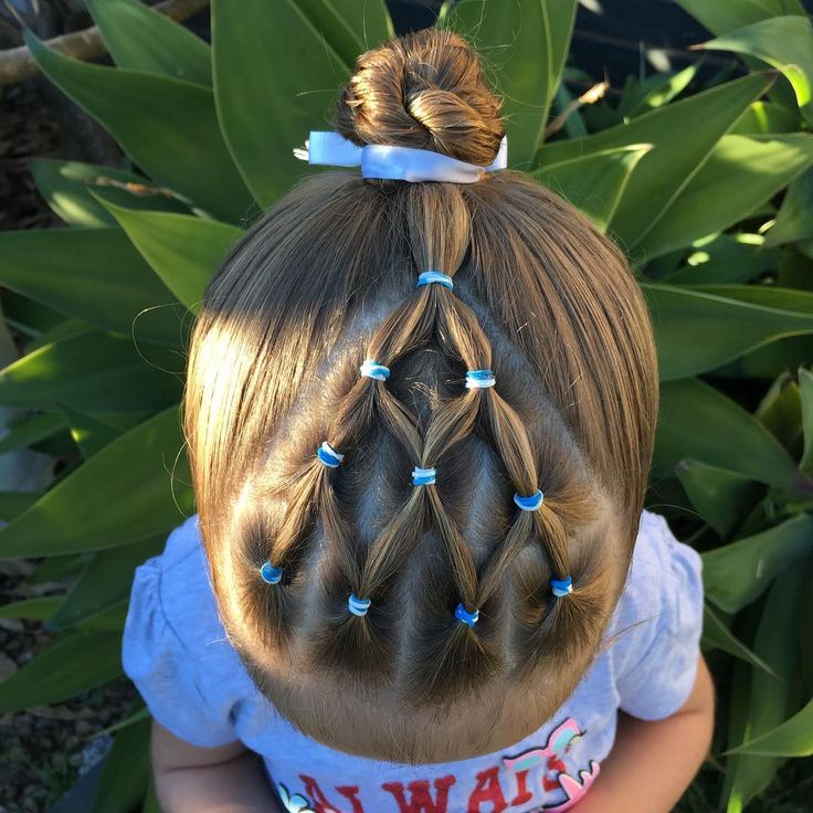 "50 Likes, 4 Comments - Larissa (@keevas_curls) on Instagram: ""Elastics with a rope twist bun for swimming lessons #hair #instahair #toddlerhair…"""