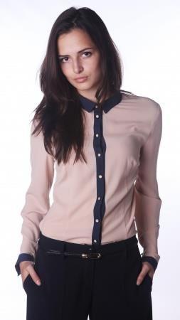 Длинная женская блузка