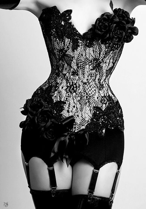 Black Lace, Black Rose, Lace Corsets, Bridal Lingerie, Burlesque, Black Corsets, Garters Belts, Lace Flower, Curves