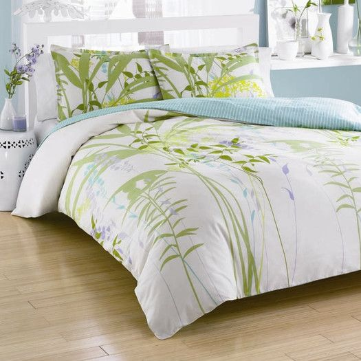 City Scene Mixed Floral Mini Comforter Set