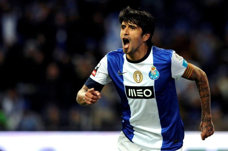 Lucho Gonzalez - Porto