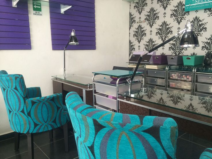 stations, Espacio creativo, nail bar & pedicure  Pinterest  Salons