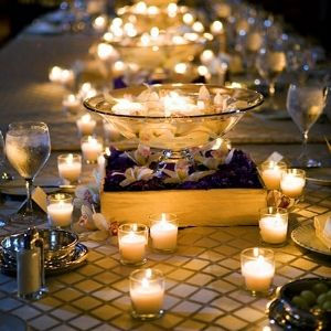 <3: Candles Lights, Ideas, Tables Sets, Floating Candles, Wedding, Candles Centerpieces, Teas Lights, Dinners Parties, Center Pieces