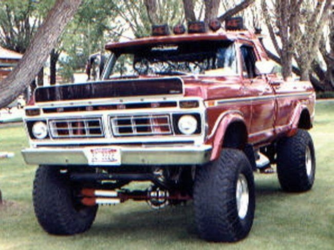 1980 Ford F100 4x4 XLT Pickup Ute. Sold in Australia as a Limited edition model, fitted with a Cummins diesel engine from memory, coupled to a column automatic. Power steering was not standard,VERY HEAVY TO STEER!!!!! v@e
