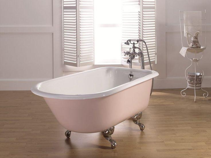 Чугунная ванна: нестареющая классика сантехники или давно изживший себя пережиток прошлого? Давайте разберемся.  Плюсы чугунных ванн:  + Несомненно, одним из самых веских плюсов можно назвать их долговечность. В России чугунными ваннами пользуются на протяжении двух-трех поколений, что никак не отражается на чаше ванны. А эмалированное покрытие можно обновить, заодно немного освежив интерьер.  + Еще один ощутимый плюс: прочность чугунных ванн. Вспомните, как часто мы роняем в ванну различные…