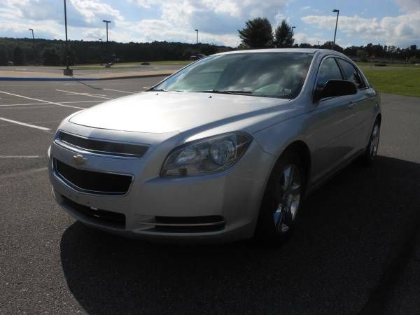 #Craigslist #2009 #Chevy #LS #Malibu 2009 CHEVY MALIBU LS $5900: This car drives great! It has an inspection Sticker! Great on GAS with a…