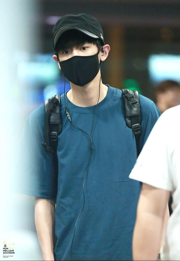 Chanyeol | 150803 Incheon Airport arrival from Chengdu
