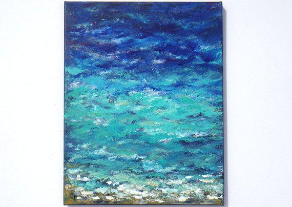 Título: Costa de espumoso 14   Aquí está un primer plano de la costa del océano, con olas color turquesas y azul marinas que viene para arriba en la orilla. Acrílico grueso y pinturas de aceite fueron aplicados con espátula agregar la gran textura y efecto 3d. Se trata de un lienzo de 11 x 14 vertical realizado con pincel y espátula, los lados están pintados de negro, así que no hay necesidad de enmarcar a menos que desee. Está acabada con barniz para protección y brillo, y un gancho de…