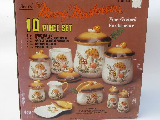 Photo of Retro 70s Merry Mushrooms canister and kitchen ware set, vintage Sears box #8