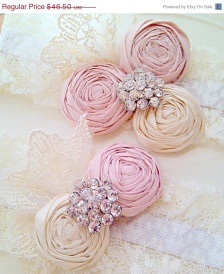Honeymoons & Destination Weddings  www.cori.allabouthoneymoons.com  Bridal Accessories: Hair, Veils, Jewelry, Bouquets, Garters - Page 11 - Etsy