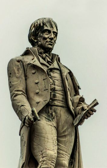 Manuel Maria Barbosa Du Bocage, Poeta Português - Estátua em Setubal
