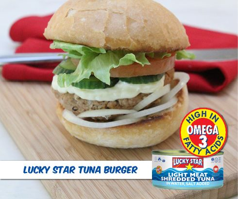 Turn a can of tuna into a zesty tuna burger with this quick recipe. Your heart will love you for it!  Recipe: https://www.facebook.com/LuckyStarSA/photos/a.324080521012669.78759.302222999865088/664953323592052/?type=1&theater
