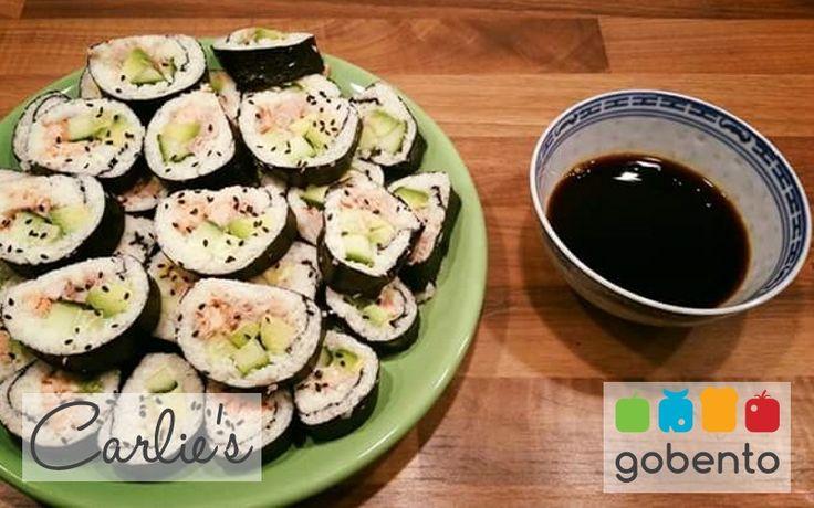 Sushi van bloemkool, een heerlijk alternatief. Passend in een koolhydraatarm dieet en onderdeel van de weekmenu's van gobento.nl