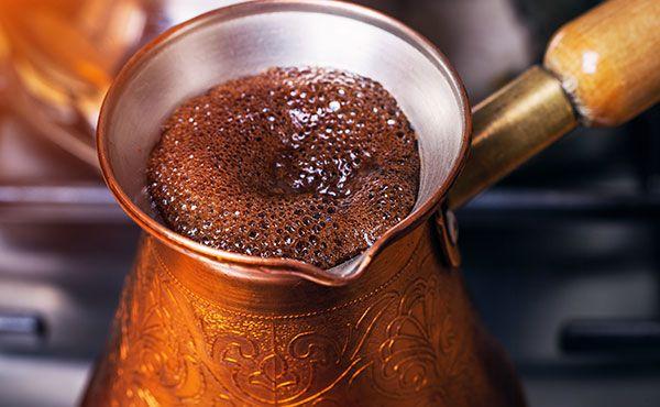Daniel Frydman de Arbanus Cocina Árabe nos comparte los secretos para preparar un gran café turco