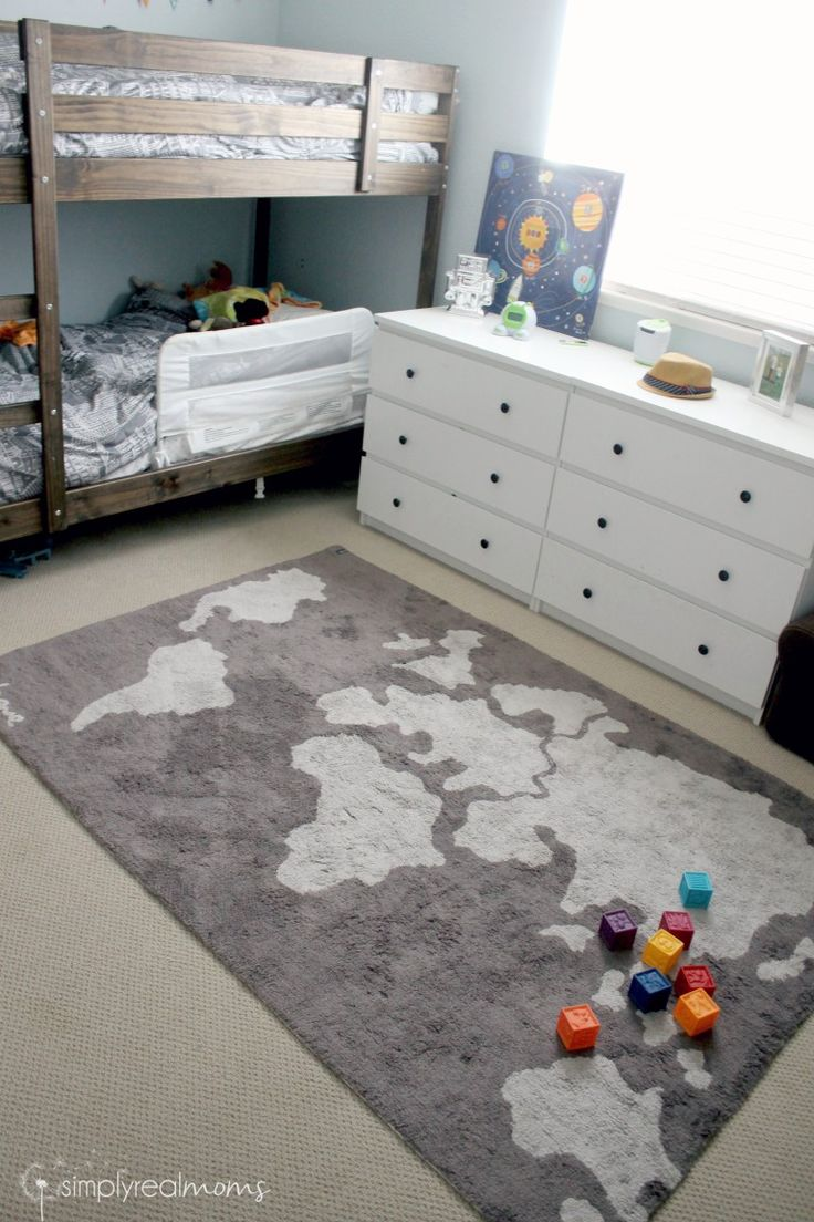 World Map Rug for a kid's bedroom. Super Cute! #kidsroom #rugs #kidsroomideas Find more inspirations at www.circu.net