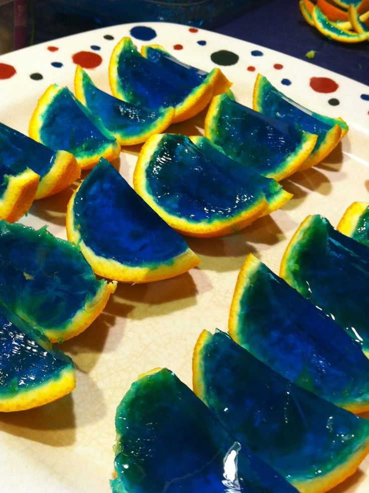 MrsCassizzleSparkles: Orange and Blue FOTD