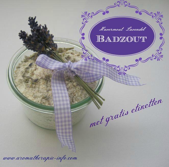 Dit havermout lavendel badzout recept zit vol met prachtige ingrediënten die zo goed zijn voor je lichaam en geest, dat je met dit badzout een een mini-spa van je badkamer maakt. Met gratis etiketten.
