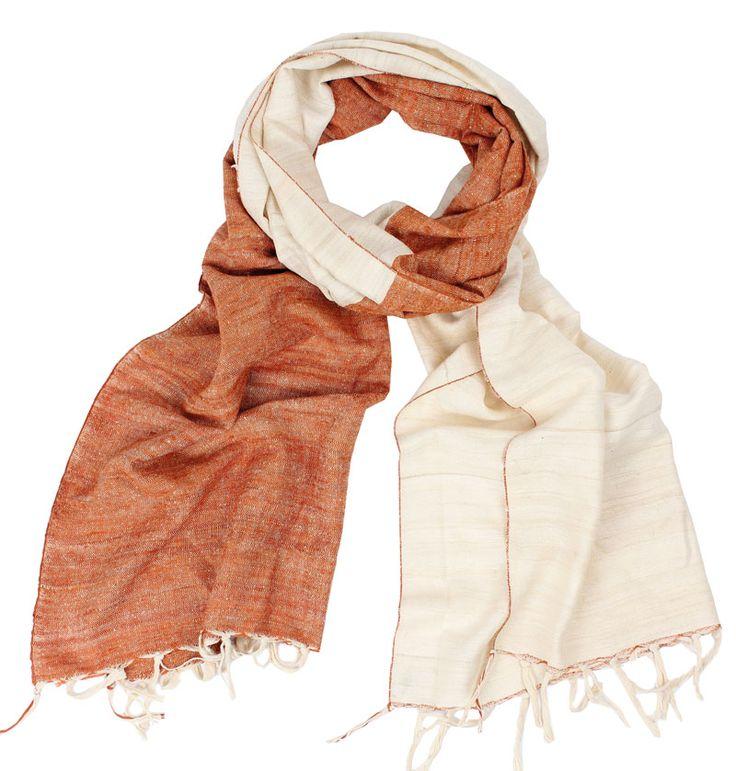 """Sjal """"non violent silk""""  http://www.imfairtrade.se/main.aspx?page=article&artno=40851"""
