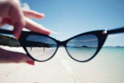 sunnies+beach=perfection