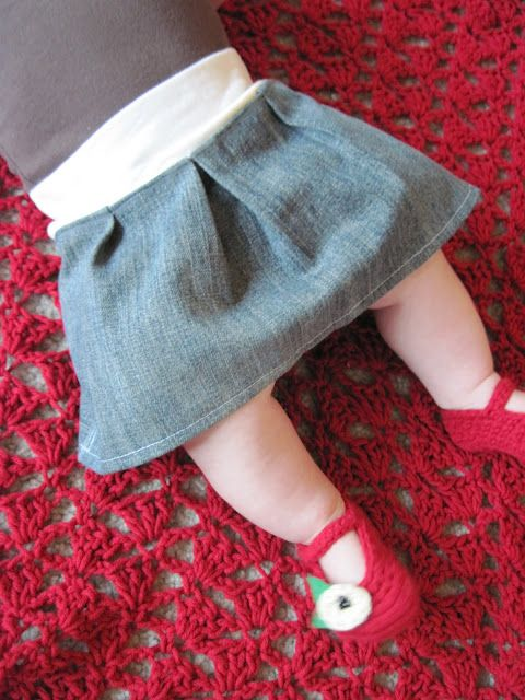 Baby Skirt tutorial by Homemade By Jill - This is the cutest and SIMPLEST thing I have ever seen!