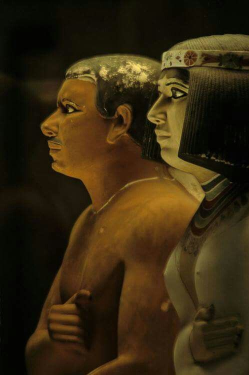 Statues of Rahotep and Nofret.c.a. 2575-2551 B.C. 4th Dynasty,Old Kingdom.