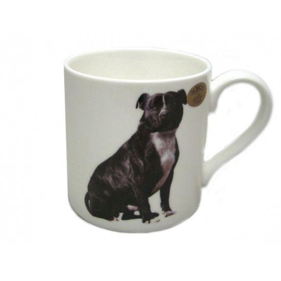 Mok zwarte Staffordshire Bull Terrier hond. Witte mok met afbeelding van een zwarte Staffordshire Bull Terrier. De mok is ca. 8 x 8,5 cm groot.