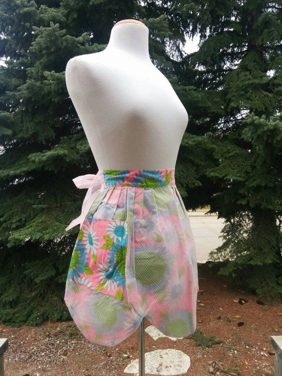 Check out this item in my Etsy shop https://www.etsy.com/listing/262839197/vintage-1960s-apron-psychedelic-flowers