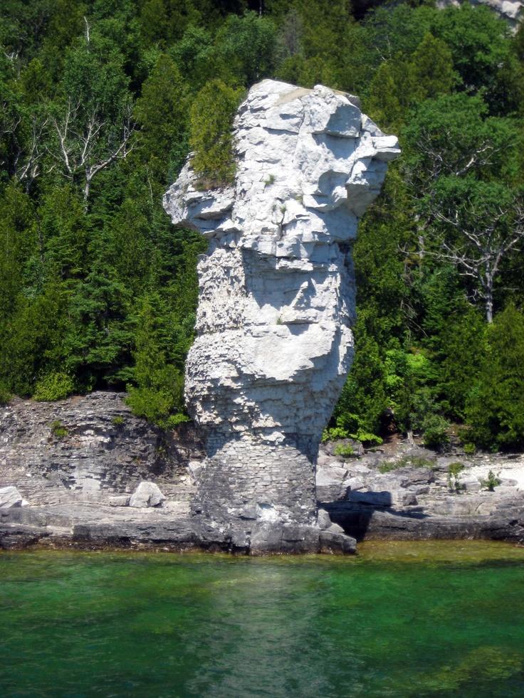 Flowerpot Island, Tobermory, Ontario.  Love it on the Bruce Peninsula! Ontario #Ontario, #Canada, https://apps.facebook.com/yangutu