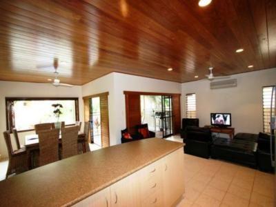 Palm Cove Pavillion $1300