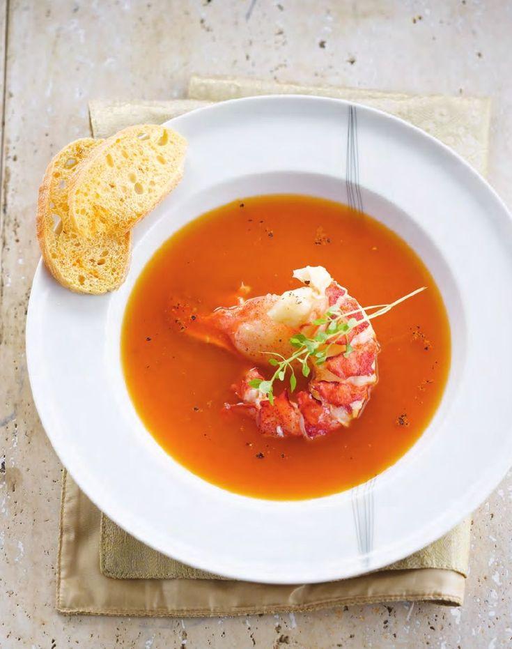 Kreeftenbisque met chili http://www.njam.tv/recepten/kreeftenbisque-met-chili