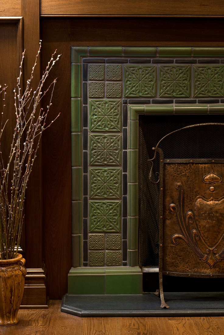 Motawi Celtic Fireplace in 5002 Lee Green