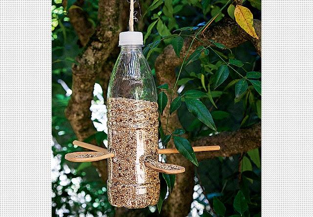Tratador de pássaros: Crafts Ideas, Birds Food, Birds Feeders, De Pássaro, Comedouro Para, Fast Food, 60, Para Pássaro, Wooden Spoons
