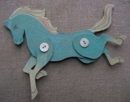 Another version of the horse-with-buttons craft