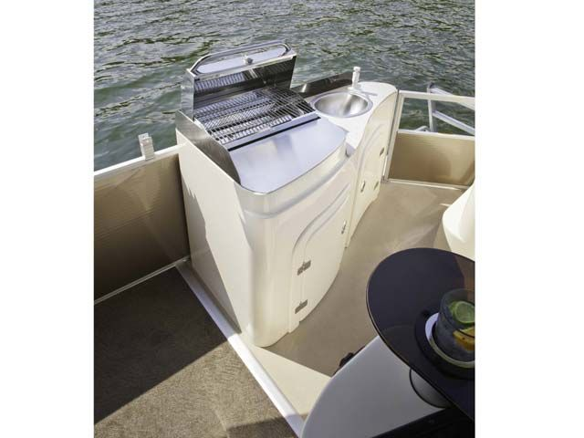 Pontoon Boat & Deck Boat Forum • View topic - Thoughts on built-in grill(s)