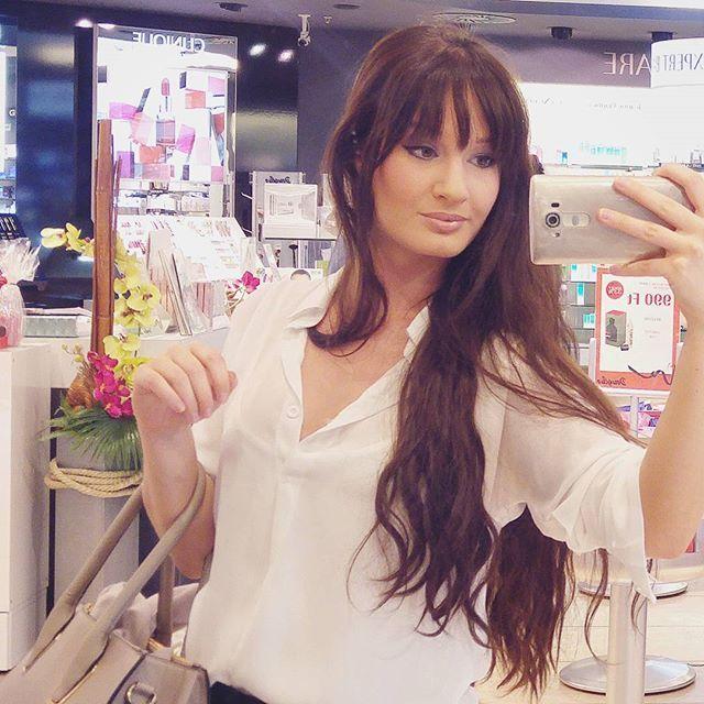 Álomszép Shiseido sminkben  Jön a poszt a részletekkel! Shiseido make up ❤···#shiseido #shiseidomakeup #smokeyeye #nudelips #makeupoftheday #professionalmakeup #makeupartist #motd #makeupart #lovelymakeup #makeupblogger #szepsegblog #magyarblog
