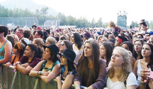 Front row fans during the James Bay concert at the Squamish Valley Music Festival
