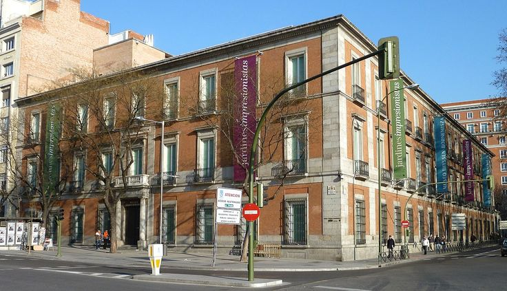 Museo Thyssen-Bornemisza in Madrid is an absolute must for art lovers.There are always interesting temporary collections and you will enjoy the fresh feel and modernity of all in view.Be sure to give yourself time to enjoy your visit.We recommend getting online tickets to avoid queues and standing in long lines.See more details in the link!