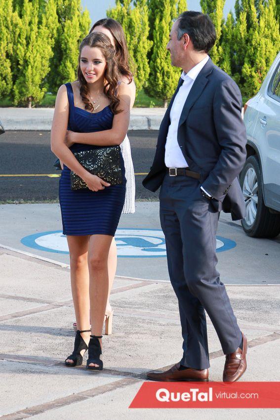 Ana Pau de los Santos, la madrina de Marina con su papá Marcelo de los Santos | Quetal Virtual #shoes #fashion #look #outfit #blackshoes