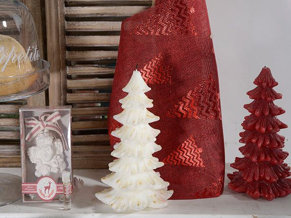Candele profumate a forma di Albero di Natale http://www.idea-piu.com/store/1/addobbi-e-decorazioni-1023