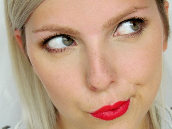 Dnešní Makeup: Non-Stop Red http://getthelouk.com/?p=3164