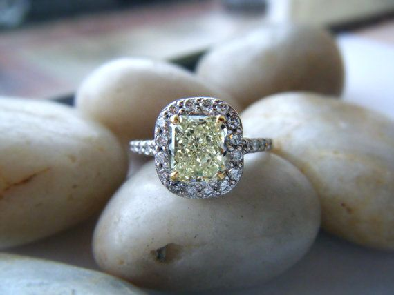 i want a ring like this!