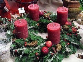 Die besten 25 kerzen dekorieren ideen auf pinterest kerze kunst diy kerzen und kerzen deko - Zinkwanne weihnachtlich dekorieren ...