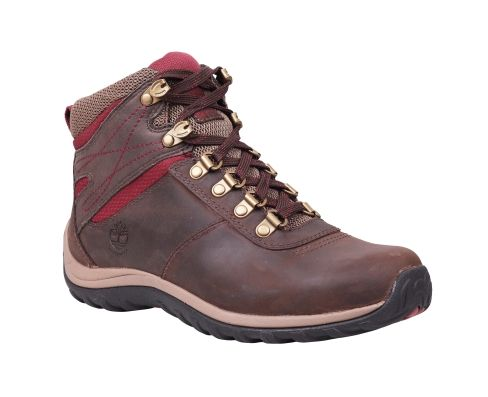 Pops of red against rich brown leather uppers give our Norwood women's hiking boots trail-ready style. These waterproof leather boots fend off raindrops on your way down the street to the dog park, conquer mountain streams and keep their sleek and chic outdoor good looks.
