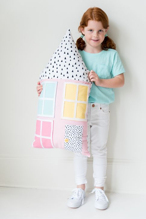 doll house sewing tutorial / kids sewing tutorials/  Ann Kelle
